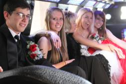 Prom group in Limo